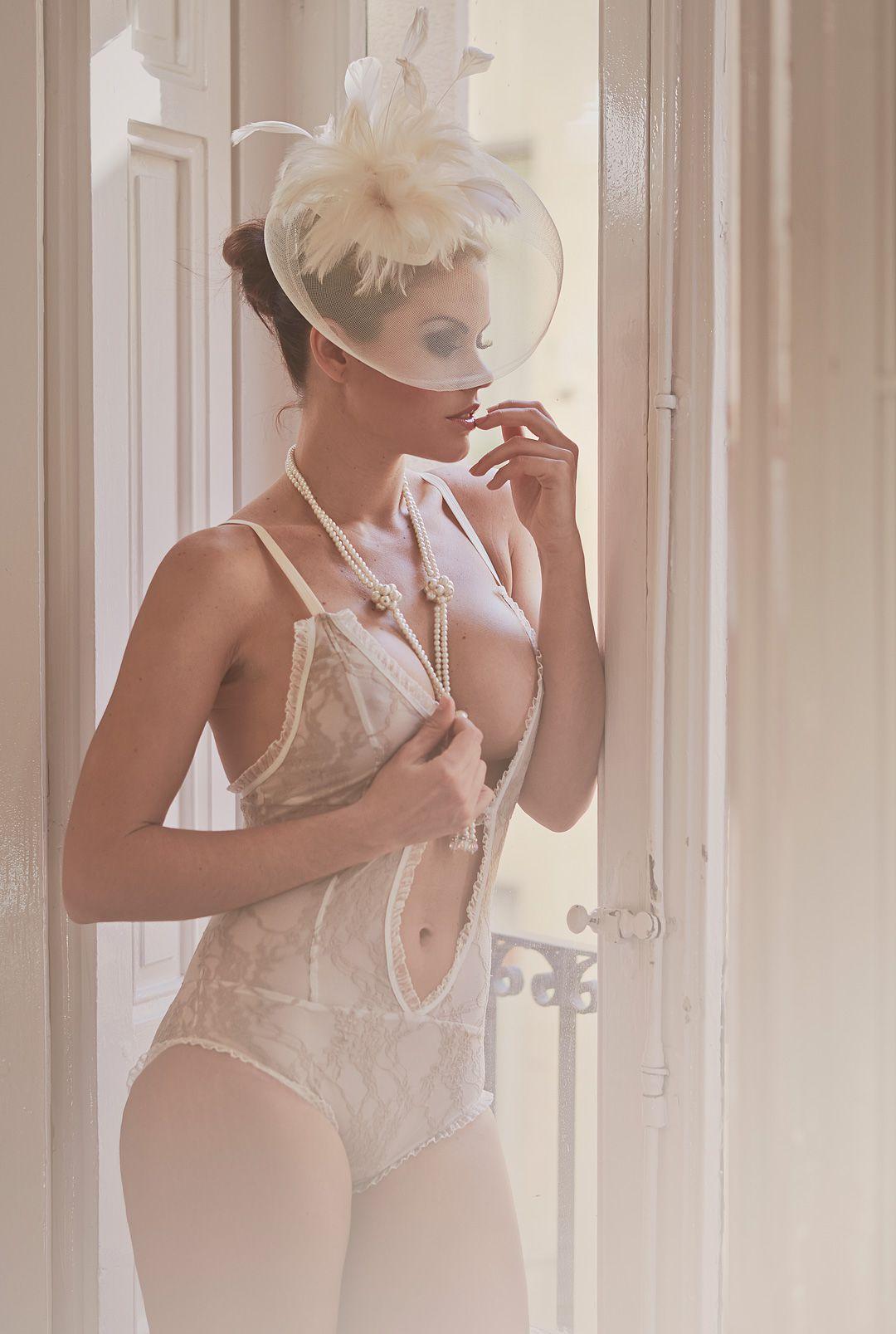 fotos boudoir en domicilio y apartamento de modelo profesional sensual madrid Rocío Z 58jpg