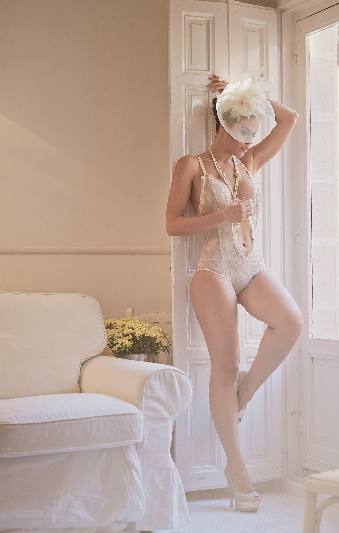 fotos boudoir en domicilio y apartamento de modelo profesional sensual madrid Rocío Z 62 jpg