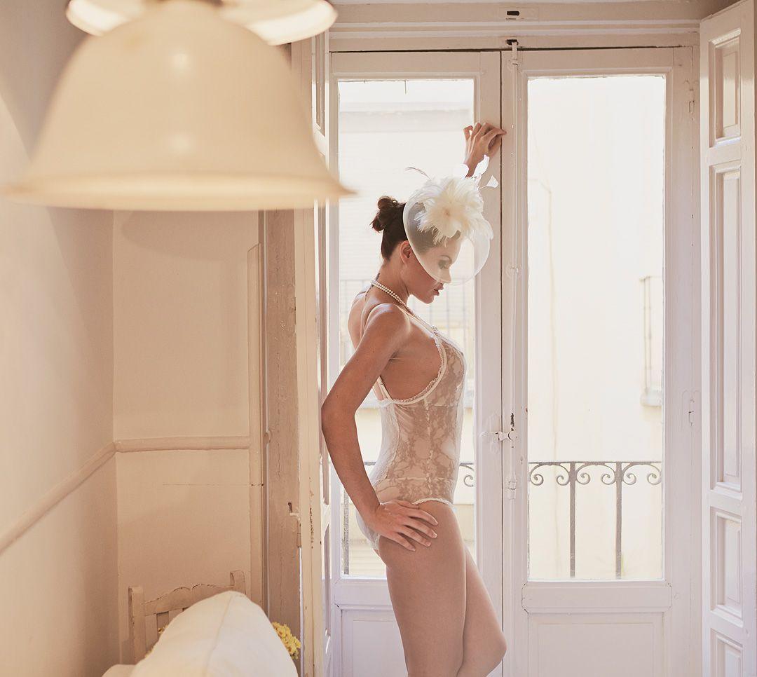 fotos boudoir en domicilio y apartamento de modelo profesional sensual madrid Rocío Z-70jpg